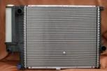 KÜHLER, Wasserkühler mit Kühlerdeckel, BMW E34, Schalter, Klima (520*440mm), OE